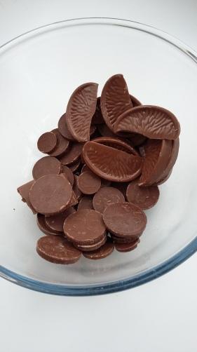Chocolate for making chocolate bark for Tu Bishvat