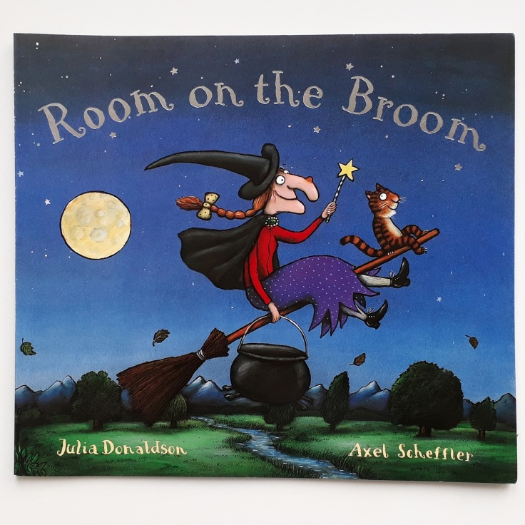 Room on the Broom Julia Donaldson Axel Scheffler Halloween picture book